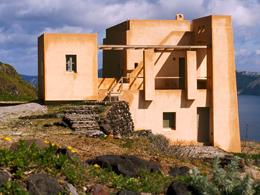 Το σπίτι των ανέμων στη Σαντορίνη