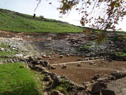 Η Γιτάνη και το αρχαίο θέατρο