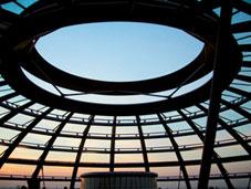 Ο θόλος του Norman Foster στη βουλή του Βερολίνου