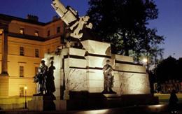 Η αρχιτεκτονική του φωτός και η πόλη τη νύχτα (Μέρος Α')