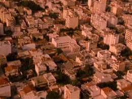 Κινηματογραφικοί περίπατοι στην Αθήνα της κρίσης
