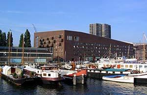 Σύγχρονες κατοικίες στο Άμστερνταμ (1)