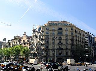 Gaudí in context (1)