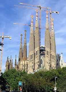 Gaudí in context (2)