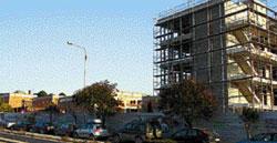 Το τείχος της Θεσσαλονίκης-Το κτίριο του νέου Δημαρχιακού Μεγάρου και η σχέση του με το περιβάλλον