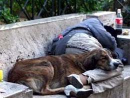 Άνθρωποι χωρίς σπίτια, σπίτια χωρίς ανθρώπους