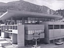 Δημόσια κτήρια του '60